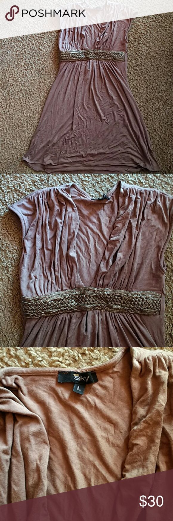 Brown Sky Top with bronze leather waist Large This Sky top is in decent condition but does have a little piling in the armpits. Super flattering in the chest region. I used to wear it as a tunic but could also be worn as a dress if you're a natural medium or small.   Make me an offer! Great deals if you bundle my items!!! Sky Tops Tees - Short Sleeve