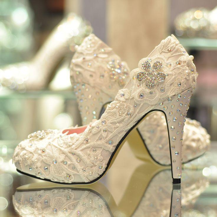 Luxury Wedding Shoes Engraving Style
