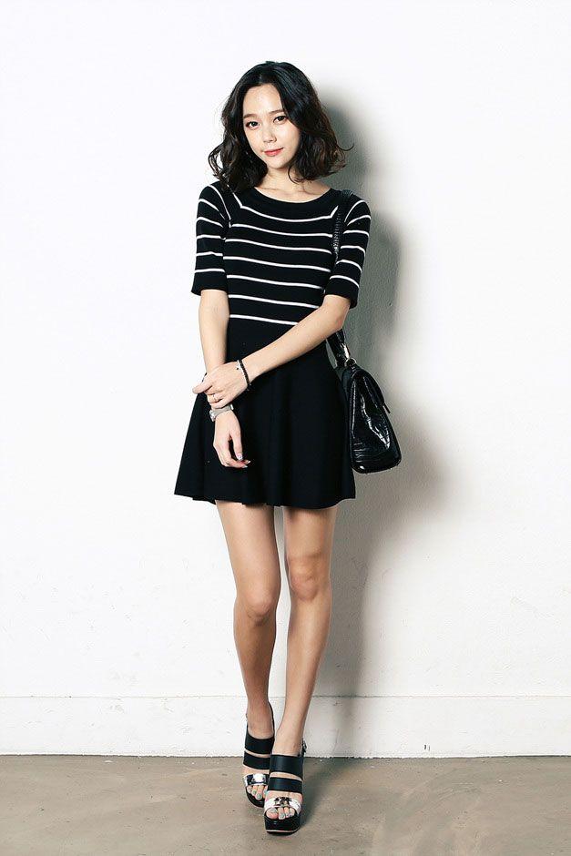 Half Sleeve Slim Knit Dress