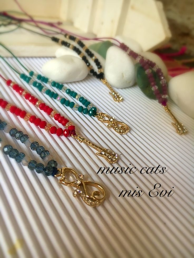 Music cats handmade necklaces