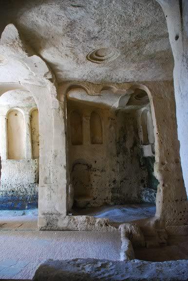 Cave dwellings (Sassi di Matera / Italy)