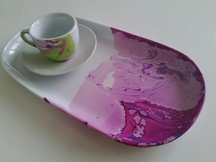 Water marble coffee mug With nail polish...  Tazze da caffè personalizzate facilissime per pri…: https://youtu.be/YtkHS80qEPI