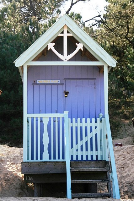 beach hut! You have got to be kidding me...! Love!