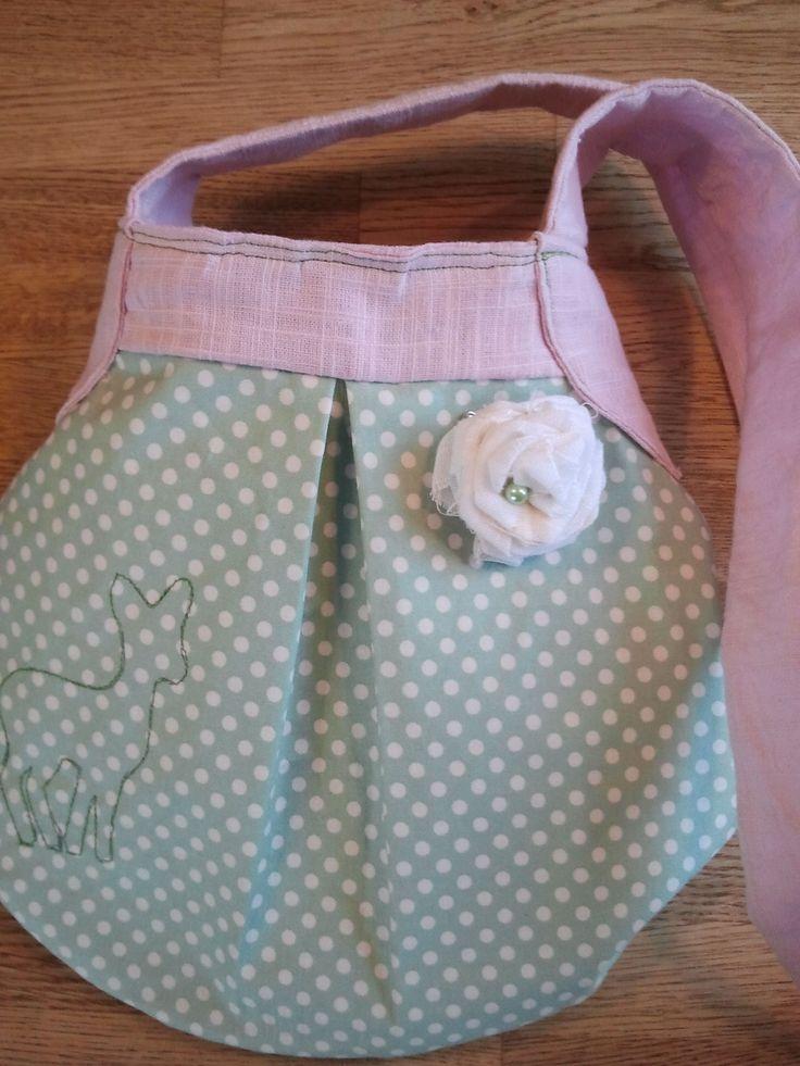 Väska sydd med mönster från Amy Butler.