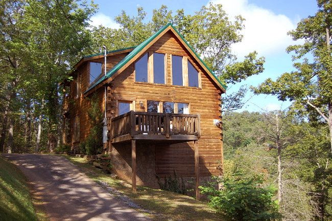 Bearly Naked cabin ~About the Smokies.com~Gatlinburg