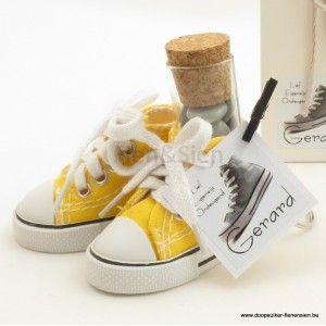 Sleutelhanger sneaker geel kant en klaar