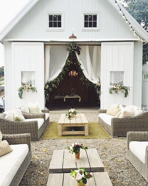Barn Weddings: Best 20+ Barn Wedding Venue Ideas On Pinterest