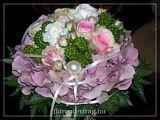 Egyedi különleges menyasszonyi csokrok. http://florancevirag.hu/index.php?option=menuitem&id=21
