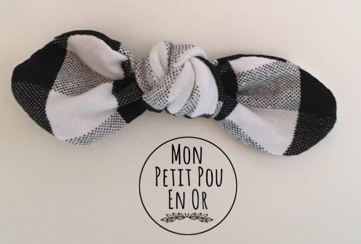 Barrette à noeud rond fait sur commande/ Custom Made Hair Clip with Round Bow by MonPetitPouEnOr on Etsy https://www.etsy.com/ca/listing/551900384/barrette-a-noeud-rond-fait-sur-commande