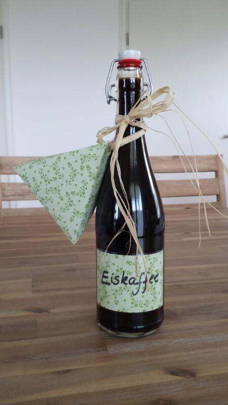 EISKAFFEE!!!!!!!!!!! http://www.family-cookies.de/?s=eiskaffee