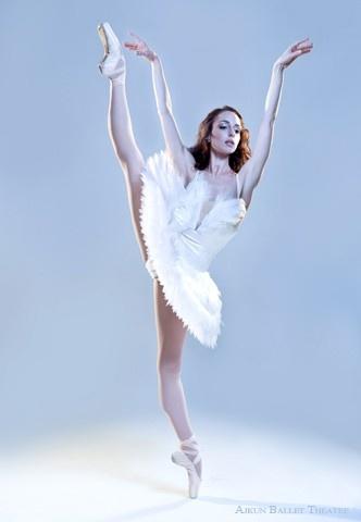 bottom leg: Bottoms Legs, Ballet Theatre, Dance Dance, Dreams, Ballet Dance, Ajkun Ballet, Beautiful Body, Photo, Brittany Larrim
