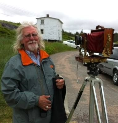 Thaddeus Holownia takes a group photo with his banquet camera at 2 Rooms gallery opening. Thaddeus is a featured photographer in the Nature Factory exhibition at 2 Rooms.