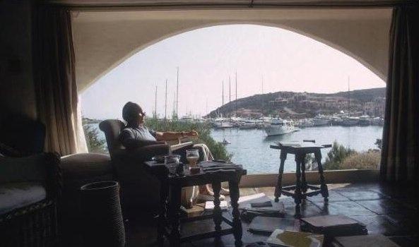 A wonderful photo: Karim at home