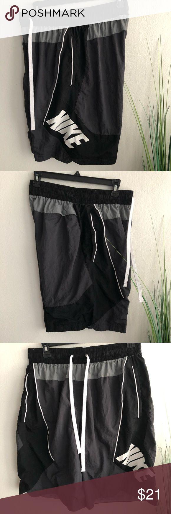 Nike Workout-Shorts mit 3 Taschen und Innenfutter aus 100% Nylon, 100% recycelbarem Polyest …   – My Posh Picks