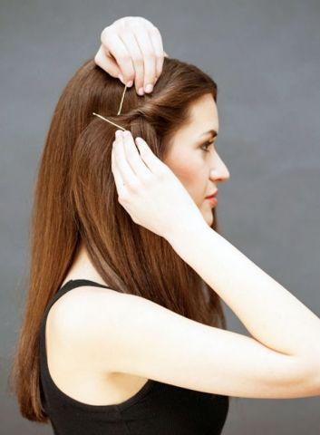 http://www.sacsakalmodelleri.com/5-dakika-icinde-yapabileceginiz-kadin-sac-modelleri.html 5 Dakikalık saç modelleri