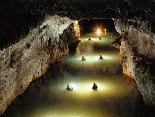 Lago de Norman Sistema de Cavernas del Río Camuy