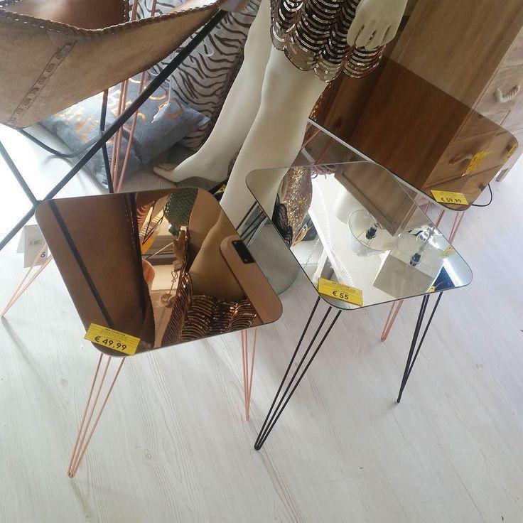 #spazioliberonews  #tavolini a #specchio 49 euro  55 euro  59 euro  #pausapranzoaperto