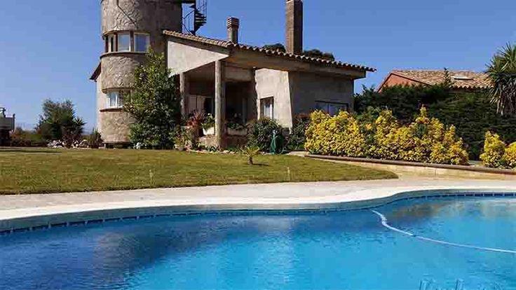 Villa de Lujo en venta en: Pedret I Marzà – Girona Villa de Lujo en venta en: Pedret I Marzà – Girona – Cataluña – España – CP.17493 M² útil: Continue Reading →