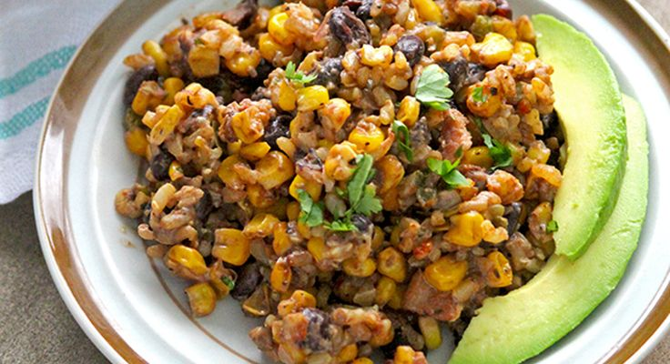 This Healthy Black Bean Casserole is the best combination of a salad and casserole ever made. If you have issues getting everyone to eat veggies, read on.