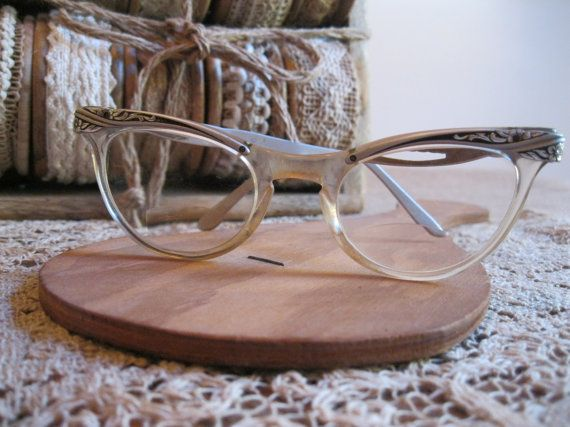 Hey, I found this really awesome Etsy listing at https://www.etsy.com/listing/254290252/new-item-vintage-cat-eye-glasses-by
