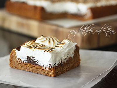 Toasted S'mores Cookie Bars with Nutella Ganache | my kitchen addiction