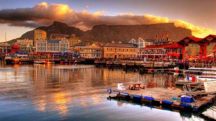 Table Mountain from the V Waterfront. by slack12