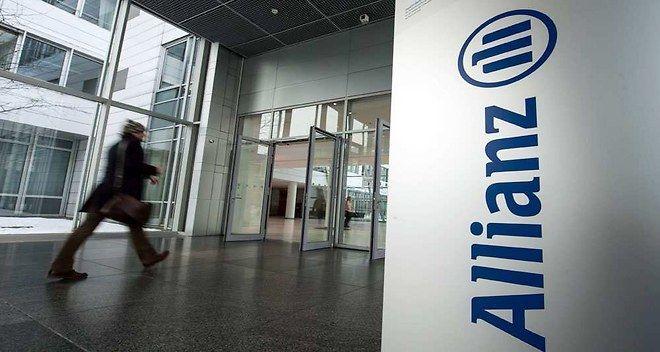 Allianz a écopé d'une amende de 50 millions d'euros de la part de l'autorité de contrôle prudentiel et de résolution. ►http://www.lesechos.fr/finance-marches/banque-assurances/0204033325384-contrats-dassurance-en-desherence-allianz-mis-a-lamende-1077403.php?xtor=EPR-8-[18_heures]-20141222-[Prov_LP_0_1]-1880951@2