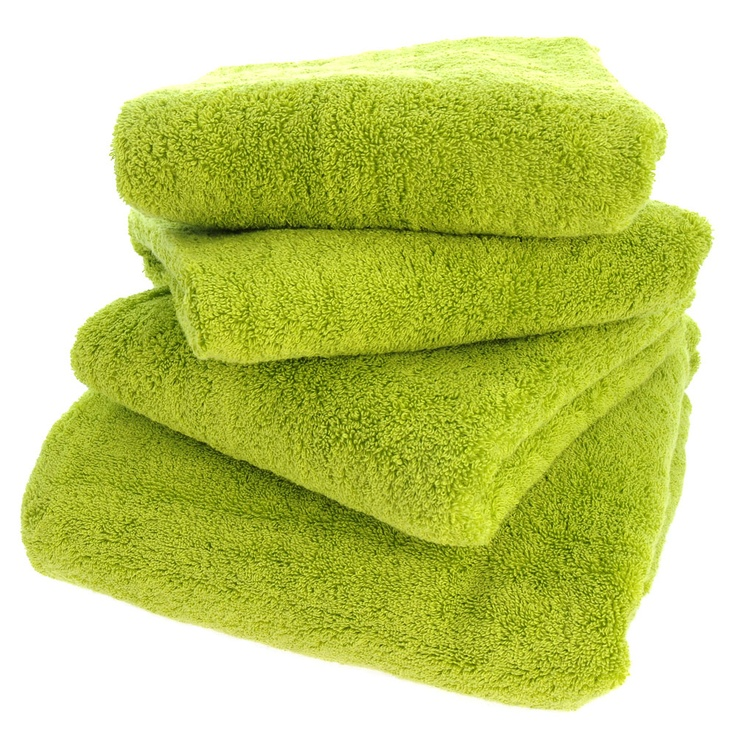 38 Martex Supima Lime Green Towels Master bathroom
