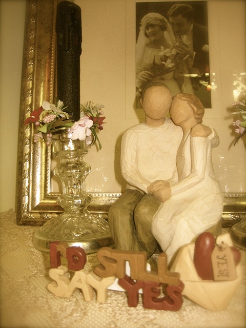 Willow Tree Anniversary Couple I D Still Say Yes Available At Heidi S Cottage Country Homes Decorwillow