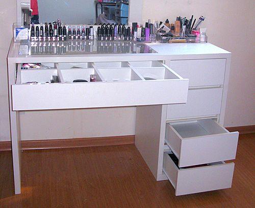 Dicas para montar um cantinho de maquiagem! | Comprando Meu Apê