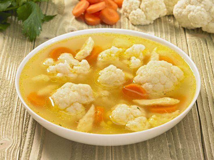 Receptek a kategóriában Tükrös karfiolleves daragaluskával. Válaszd ki a legjobb receptet a receptmuhely.hu adatbázisából és élved a finom ételek ízét.