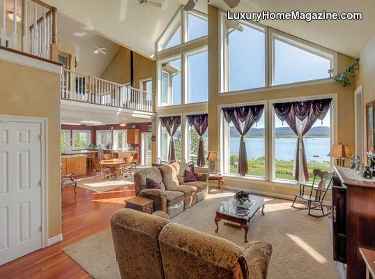 1000 images about portland central oregon willamette valley oregon coast luxury home for Living room realty portland or
