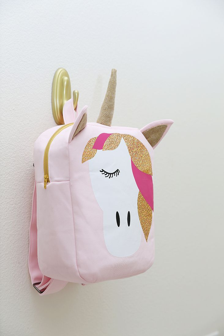 Use this Unicorn Backpack Free Pattern to make a magical toddler backpack! Includes .svg files to cut with vinyl and a cutting machine!