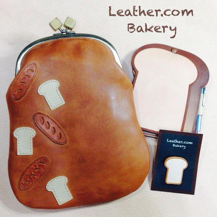 がま口ショルダーバッグのパン柄で す。革食パンを集めてみました。  #がま口ショルダー #がま口 #がま口バッグ #革がま口#革のパン #パン雑貨#パン柄#革パンシリーズ#革の食パン