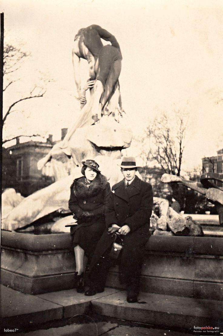 "Fontanna ""Potop"" (Sintflutbrunnen, Momumentalbrunnen), Bydgoszcz - 1933 rok, stare zdjęcia"