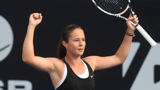 1/20/16 #AustralianOpen Daria Kasatkina beat Croatia's Ana Konjuh 6-4, 6-3 to advance to the 3rd rd.