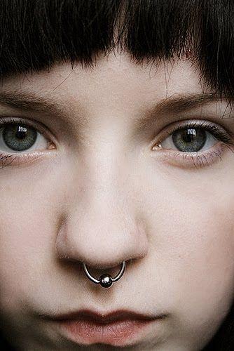 tumblr_mabhmyWn5z1rzsk29o1_400.jpg (334×500) #septum #piercing #girl