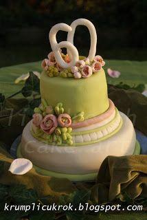 green-rose cake