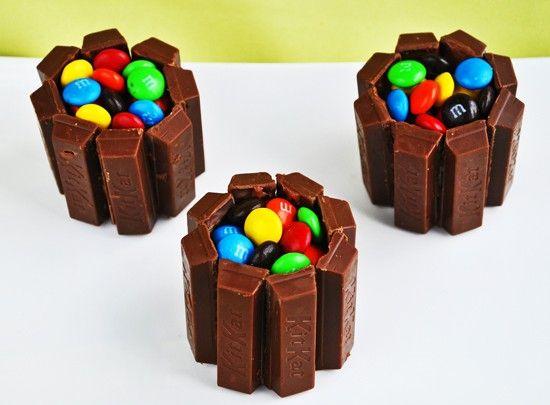 Mini Kit Kat Cakes