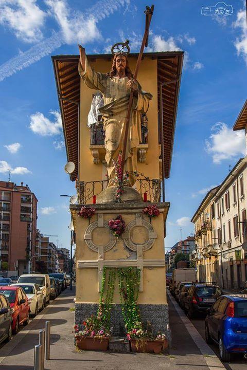 Zona Corvetto un dettaglio...davvero importante Foto di Peter Bescapè #milanodavedere Milano da Vedere