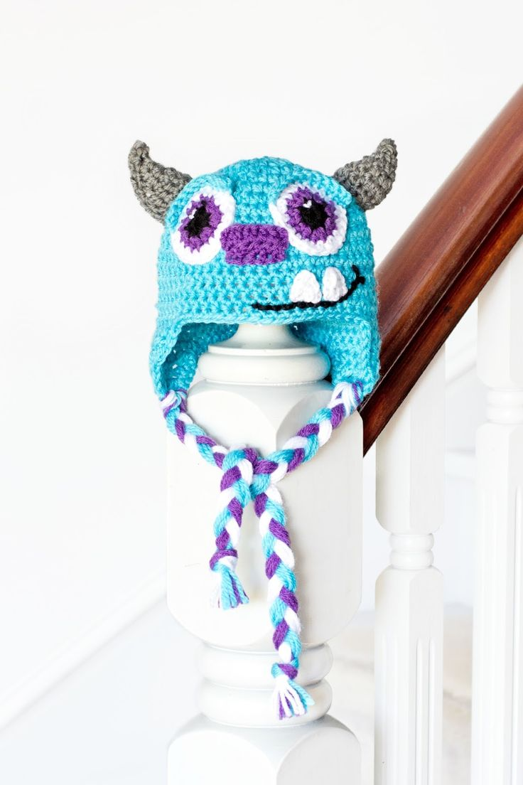 Sulley Inspired Baby Hat Crochet Pattern via Hopeful Honey. Check out her Mike Wazowski pattern too! So cute!