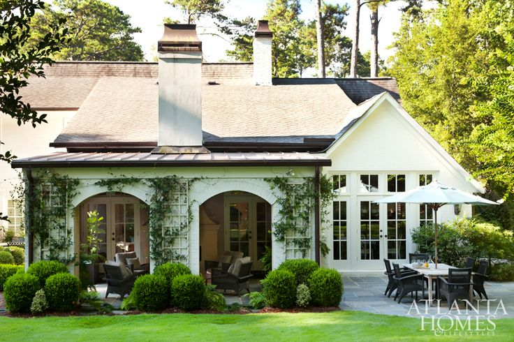 25 best ideas about cottage home exteriors on pinterest for One story cottage