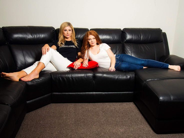 This is not a casting couch.   📸 @aurorasos13  👩 @roseorthorn