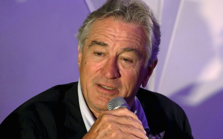 U.S. actor Robert de Niro speaks at a news conference during the opening of Nobu Hotel in Pasay city, Metro Manila in the Philippines May 18, 2015.   REUTERS/Erik De Castro - RTX1DFK0