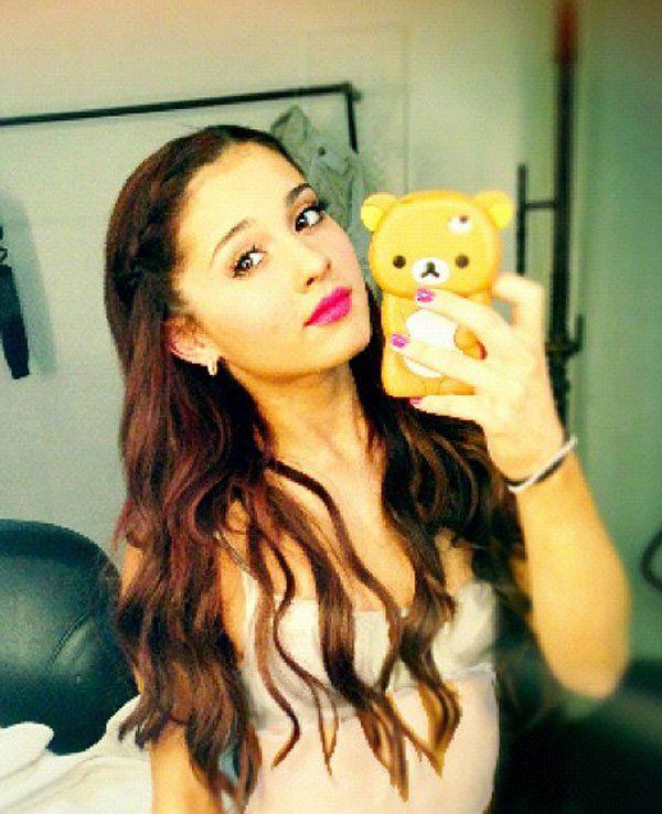 Ariana Grande Instagram   ariana grande instagram bra race moonhaven match mub grub s fun button ...