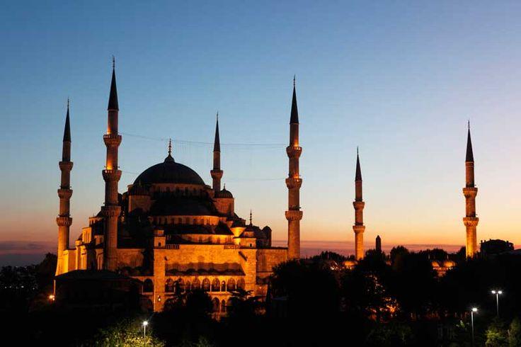 Szenen, die wir unbedingt in einem Tatort mit Till Schweiger sehen wollen, nachdem dieser jetzt auch auf den Dächern von Istanbul dreht.