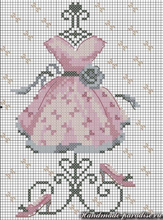 Ключики. Схемы винтажной вышивки. Ниже вы найдете схемы вышивки разных ключиков, а также схемы дамского платья, винтажного фланчика духов и схему ангела
