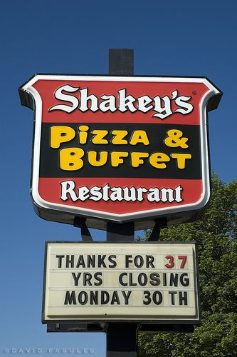 Shakey's Pizza, West Allis, WI (3) by DFasules, via Flickr