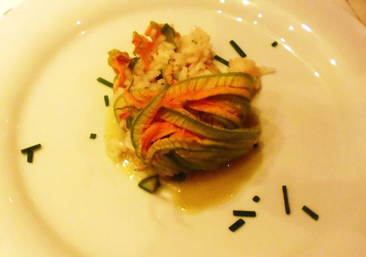 Risotto with Courgette and zucchini flowers Catering Tuscany. All Rights Reserved GUIDI LENCI www.guidilenci.com