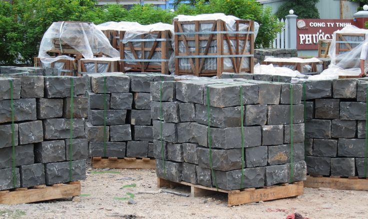 Cubes basalt